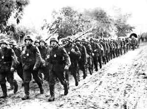 фото2 Немецкие войска наступают по Слуцкому шоссе 23-24.06.1941г.