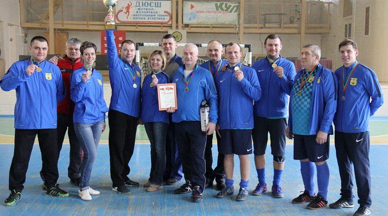 Команда госучреждений стала победителем спартакиады руководящих работников Клецкого района