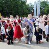 Королевы бала: подборка фотографий эффектных участниц выпускного